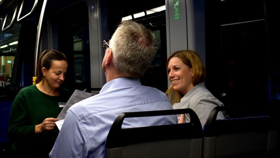 Vorstellungsgespräch in fahrender Tram