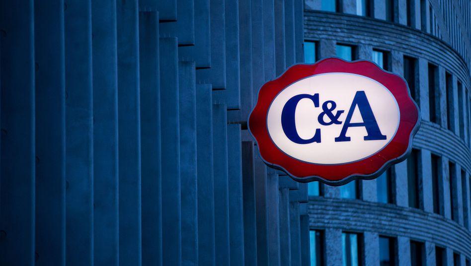 Logo der Textilkette C&A (Archivbild)