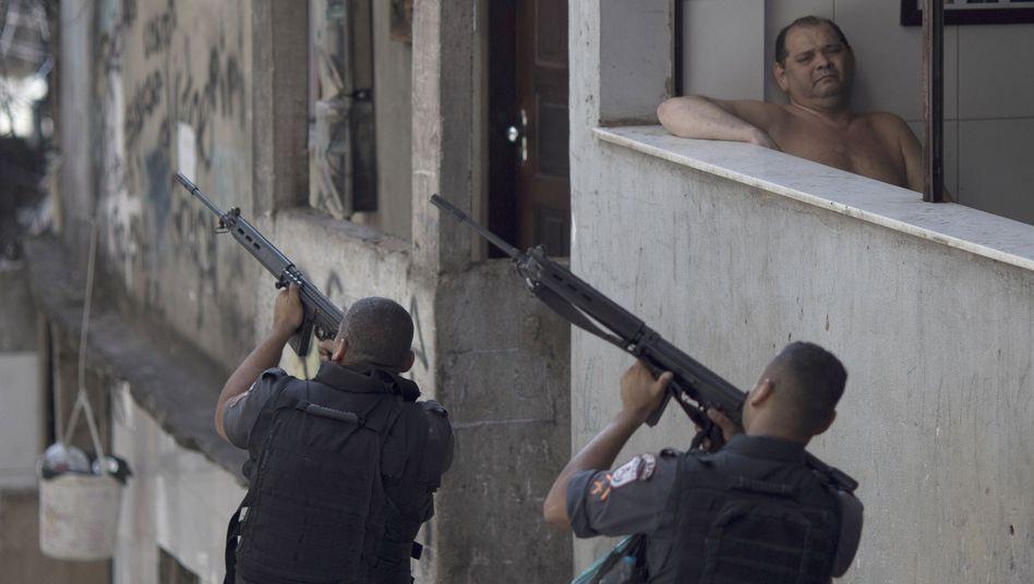 Militäreinsatz in der Armensiedlung Rocinha in Rio de Janeiro im Januar 2018