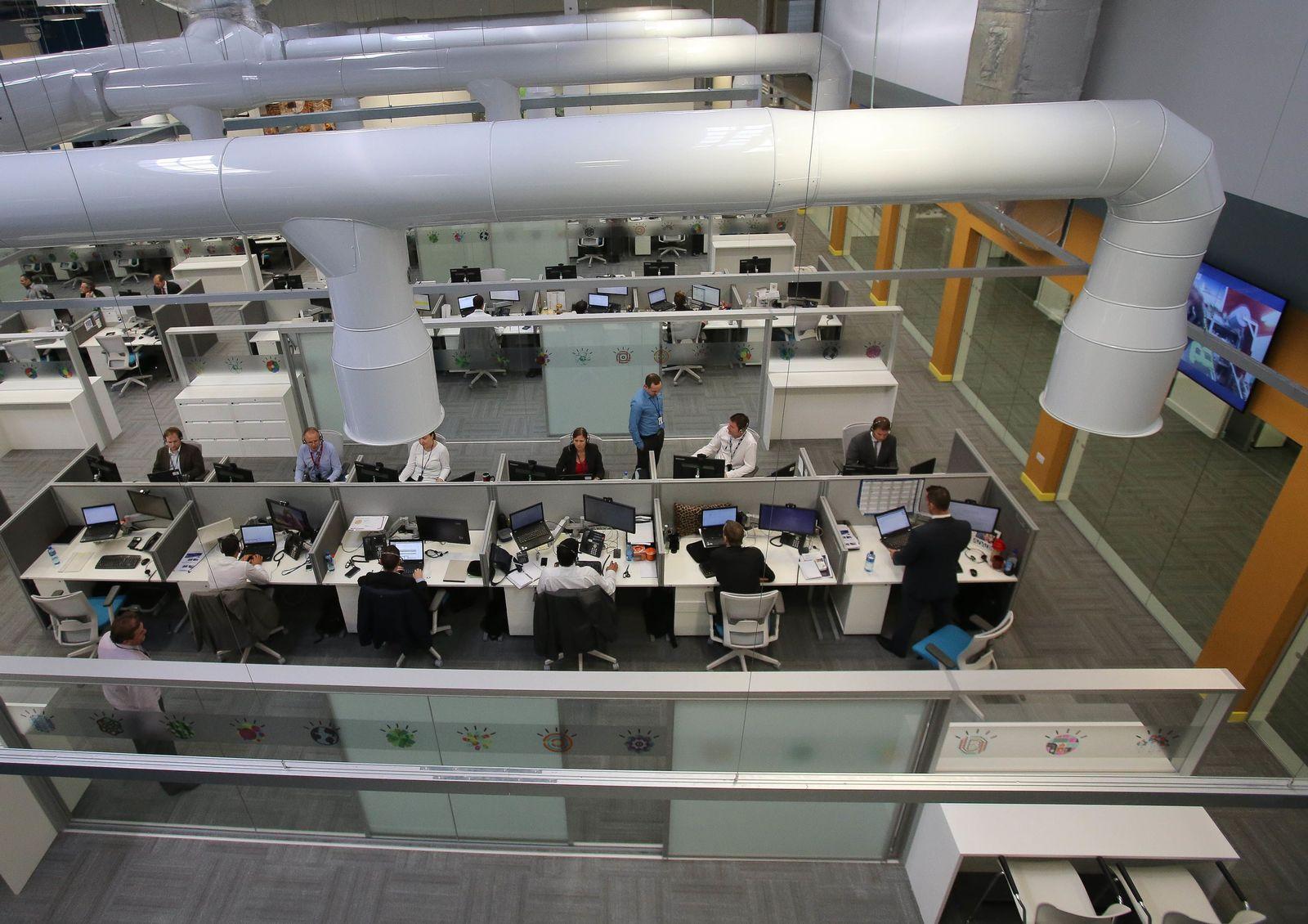 EINMALIGE VERWENDUNG IBM/ Büro