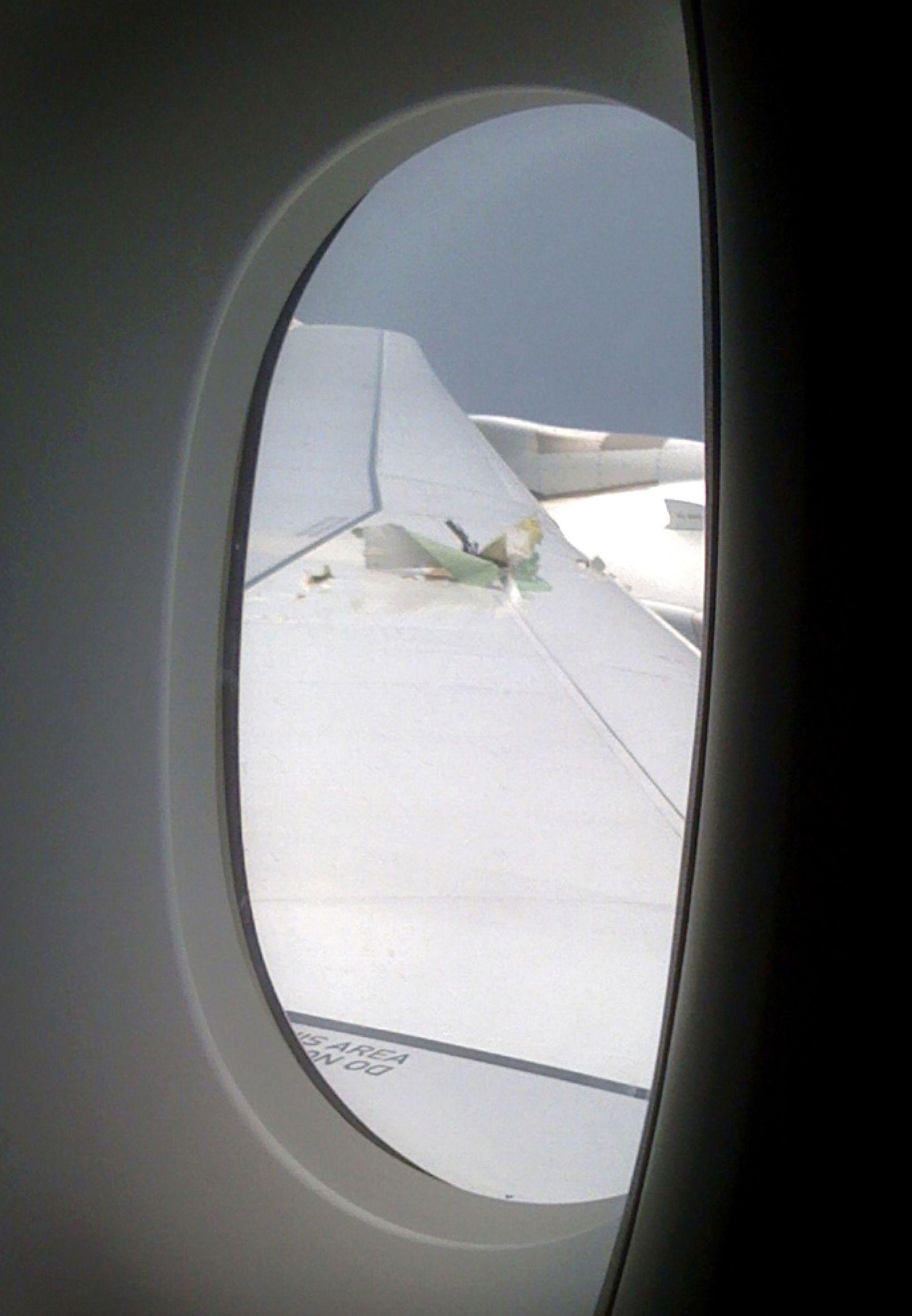 Singapore Qantas Emergency