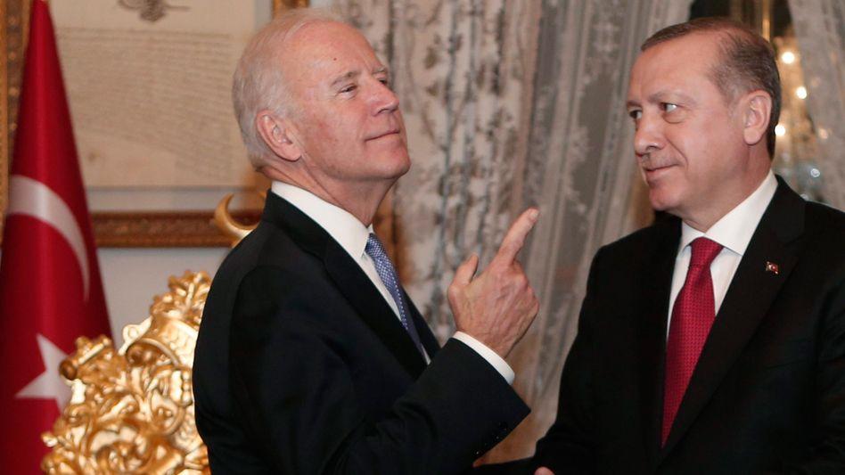 Damaliger US-Vizepräsident Biden, türkischer Präsident Erdoğan 2016 in Istanbul