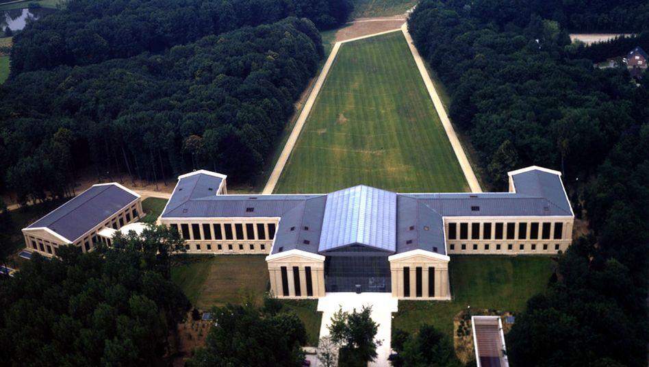 Swift-Zentrale bei Brüssel: NSA zapft auf mehreren Ebenen an