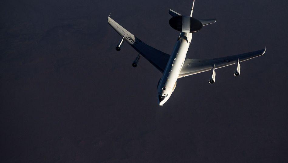 """Awacs-Flugzeug über Katar: """"Lebensversicherung Europas"""""""