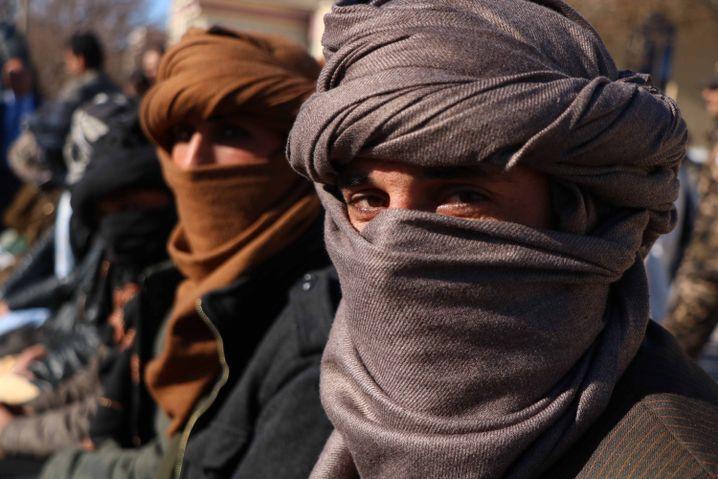 Ehemalige Taliban ergeben sich in Herat (Februar 2019)