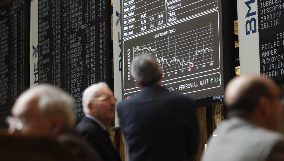 Händler an der Börse in Madrid: Anleger verlieren das Vertrauen in Spanien