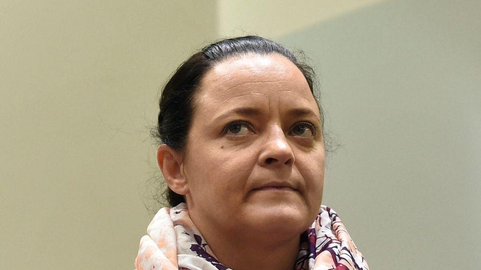"""Mutmaßliche Terroristin Zschäpe: """"Mein eigenes Fehlverhalten"""""""