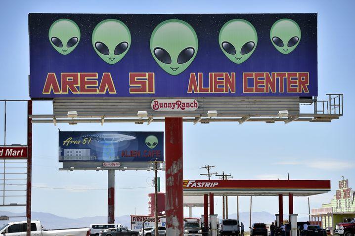 Werbung am Highway 95 in Nevada (2019)