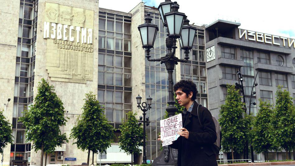 """Der Aktivist Arshak Makichyan in Moskau: """"Putin lügt"""""""