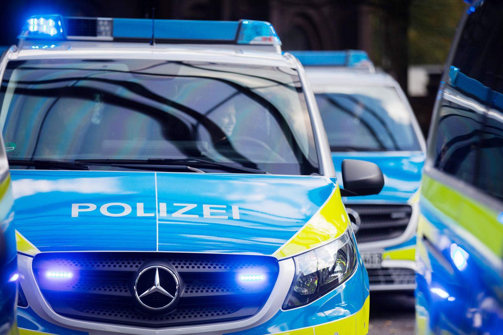 Polizei Duisburg Transporter