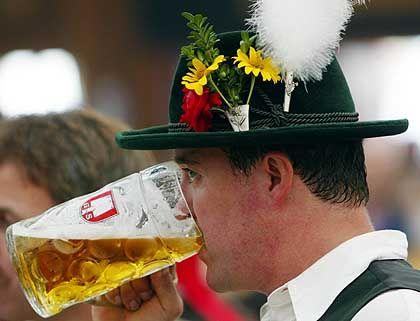 Biertrinker: Eine Maß ist nicht genug