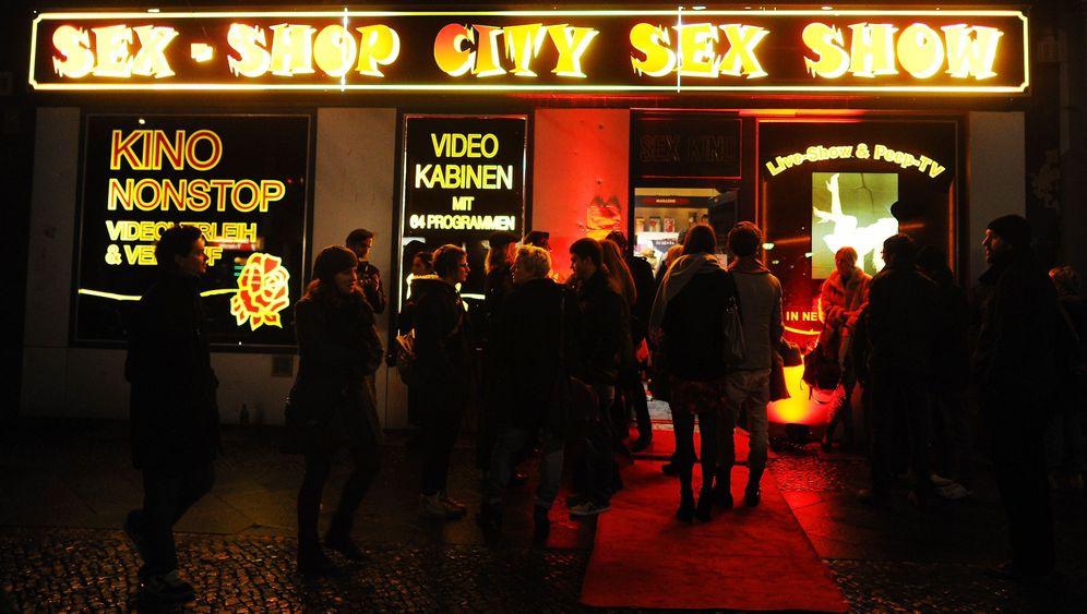 Berliner Fashion Week: Filmpremiere im Sexshop