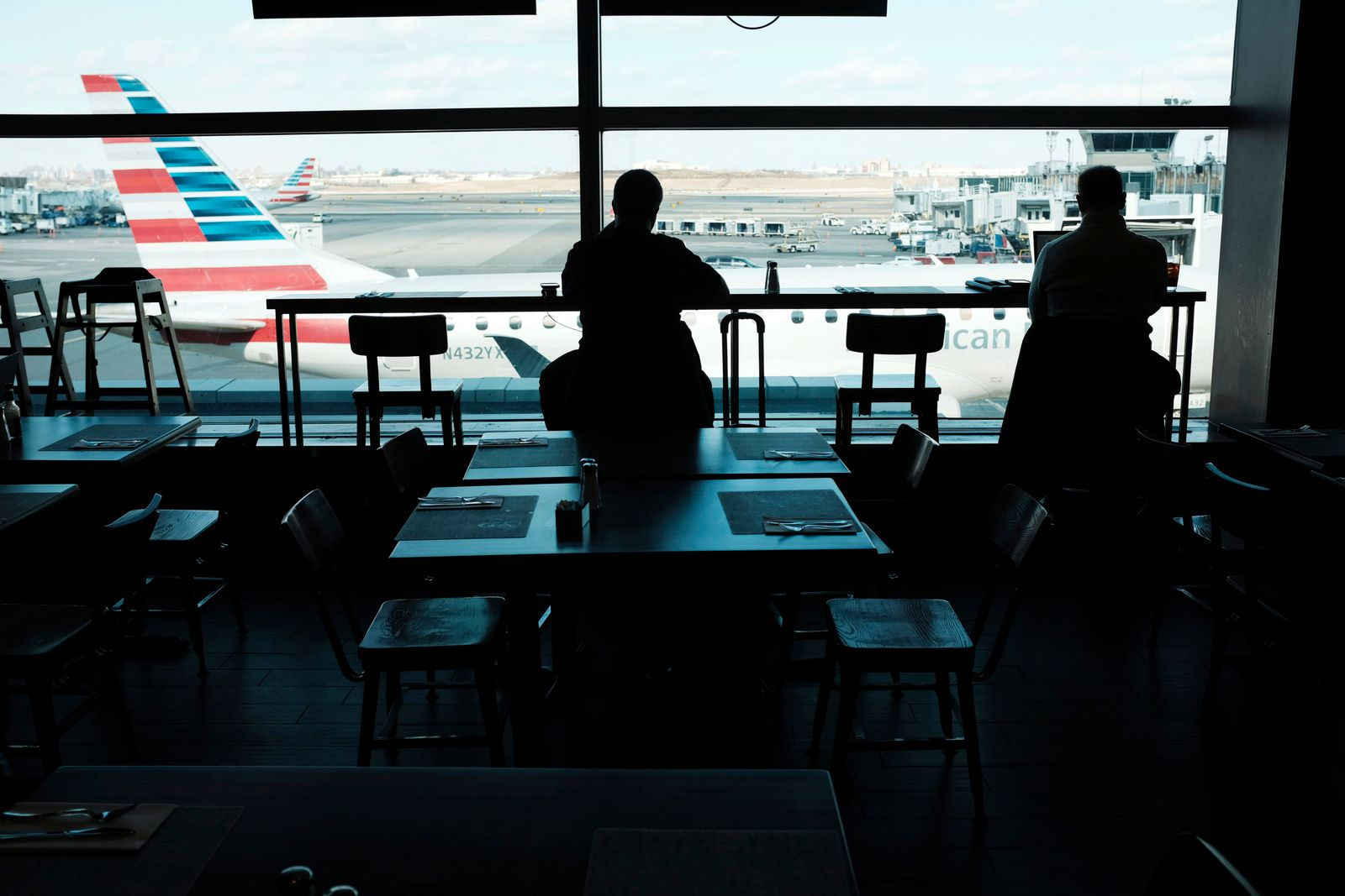 Flights Into New York's Laguardia Halted Over Air Traffic Control Staffing Issues Related To Gov't Shutdown