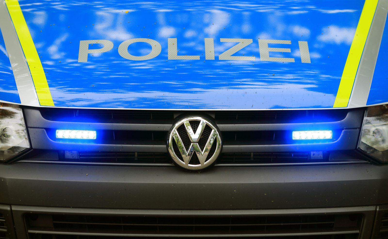 VW-Polizeifahrzeug