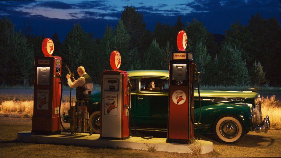 """Neue Perspektive: Wim Wenders' Interpretation des Hopper-Gemäldes """"Gas"""""""