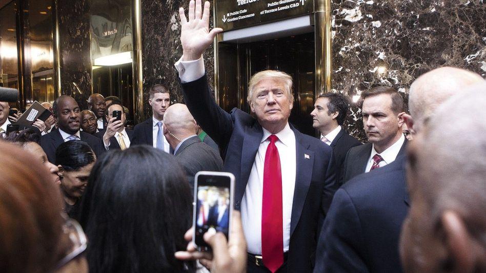 Kandidat Trump im Trump-Tower in New York Mutiert er nun plötzlich zum Versöhner?