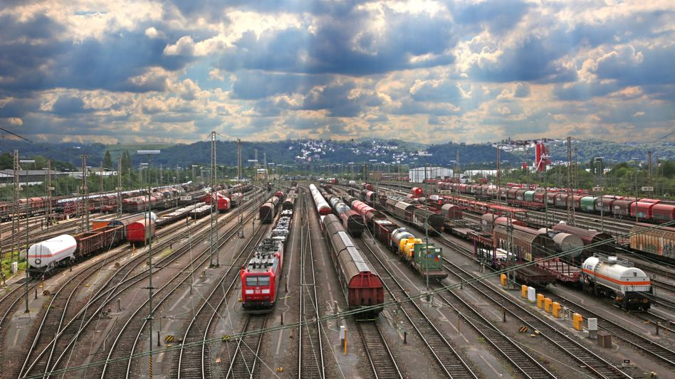 Rangierbahnhof in Hagen, NRW: Deutschland investiert im internationalen Vergleich kaum in die Schieneninfrastruktur
