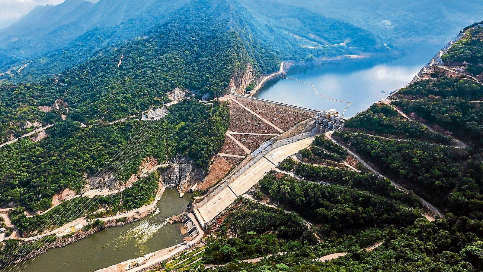 EINMALIGE VERWENDUNG Staudammprojekt Hidrosogamoso
