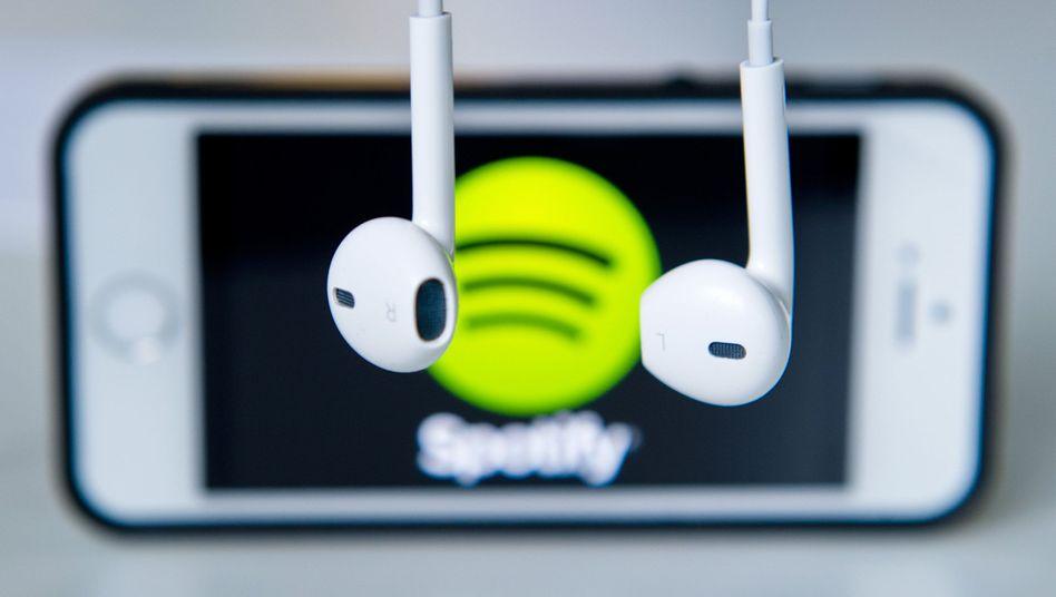 Spotify-App auf einem iPhone: Unfaire Gebührenpraktiken?