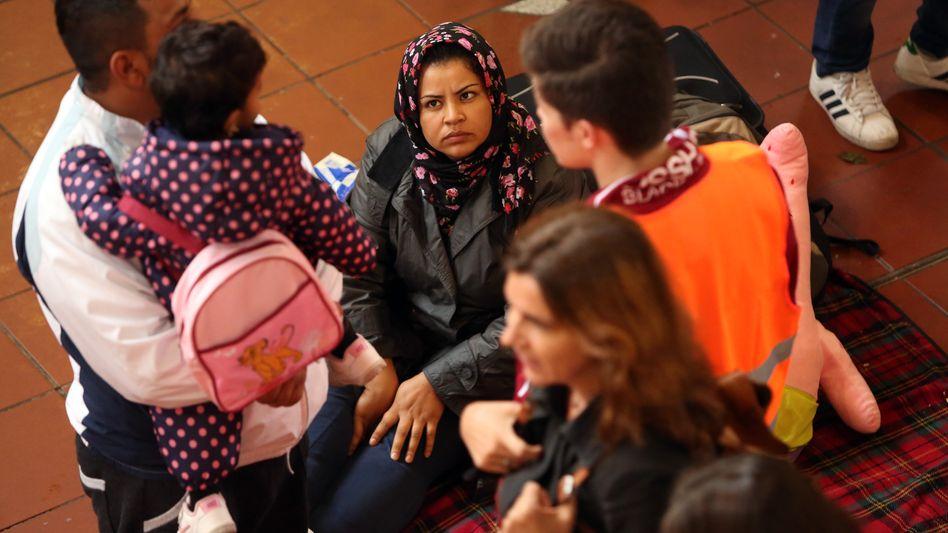 Flüchtlinge in Hamburg: Stadt will Unterbringung in Zelten vermeiden