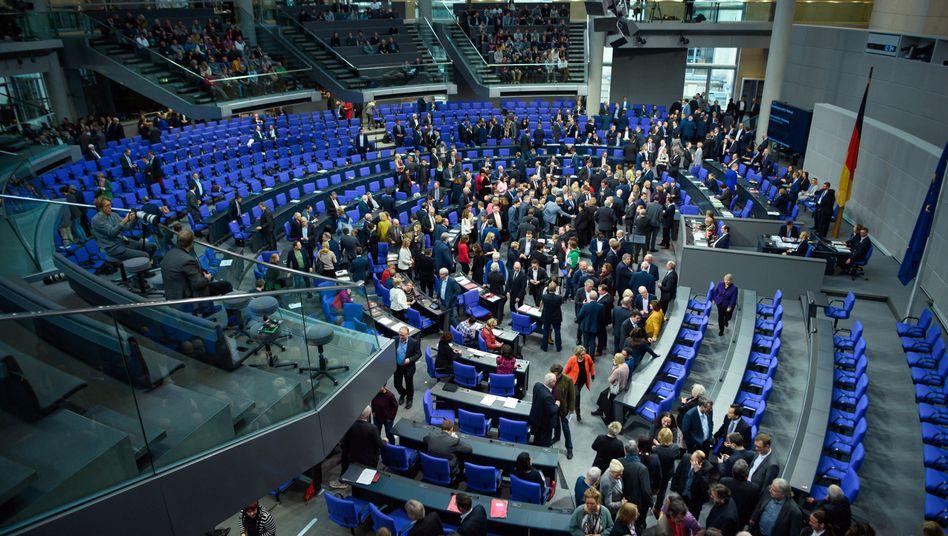 Abgeordnete bei einer namentlichen Abstimmung