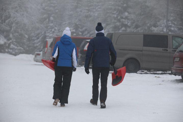 Schneetouristen in Oberhof