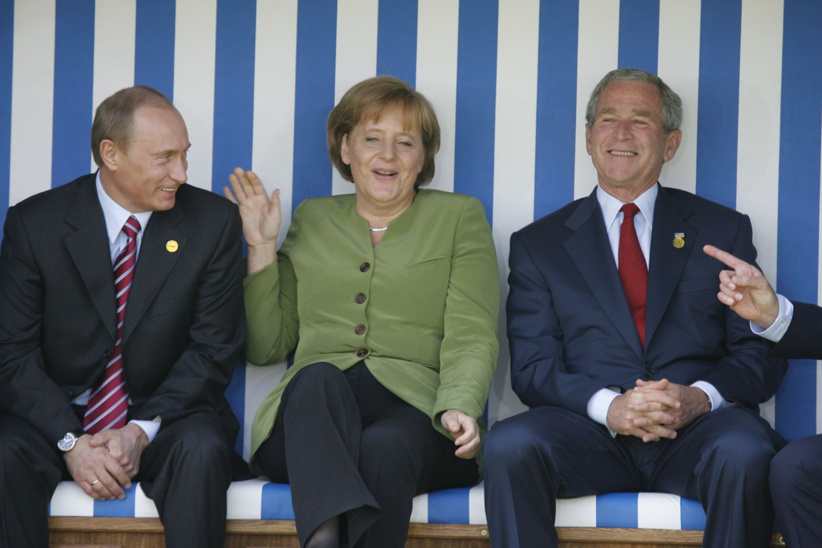 The G8 Heads of States are posing for a family photo in a huge deckchair In Heiligendamm, Germany On June 07, 2007-