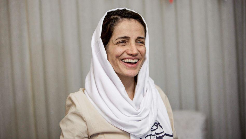 Dieses Bild der iranischen Anwältin Nasrin Sotoudeh stammt aus dem Jahr 2013. Sie protestierte dieses Jahr mit einem Hungerstreik gegen ihre Haftbedingungen.