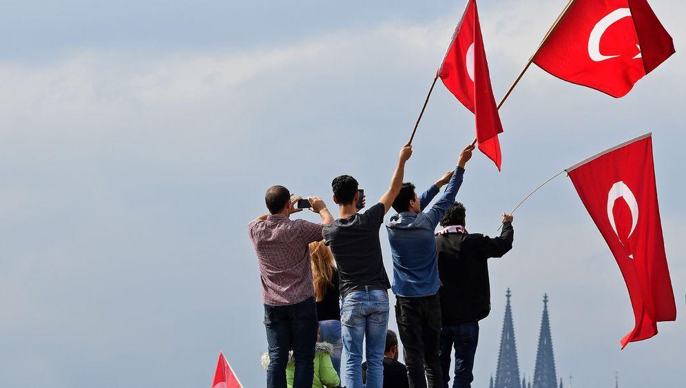 Deutschtürken: Debatte um den Doppelpass