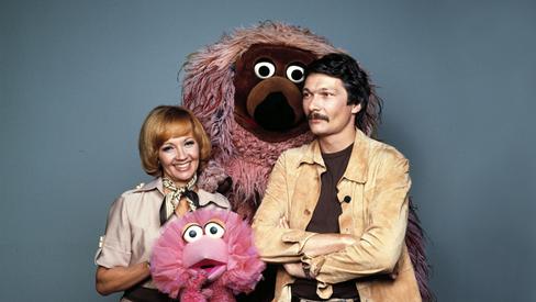 Schauspieler Lilo Pulver, Henning Venske mit Tiffy und Samson 1977