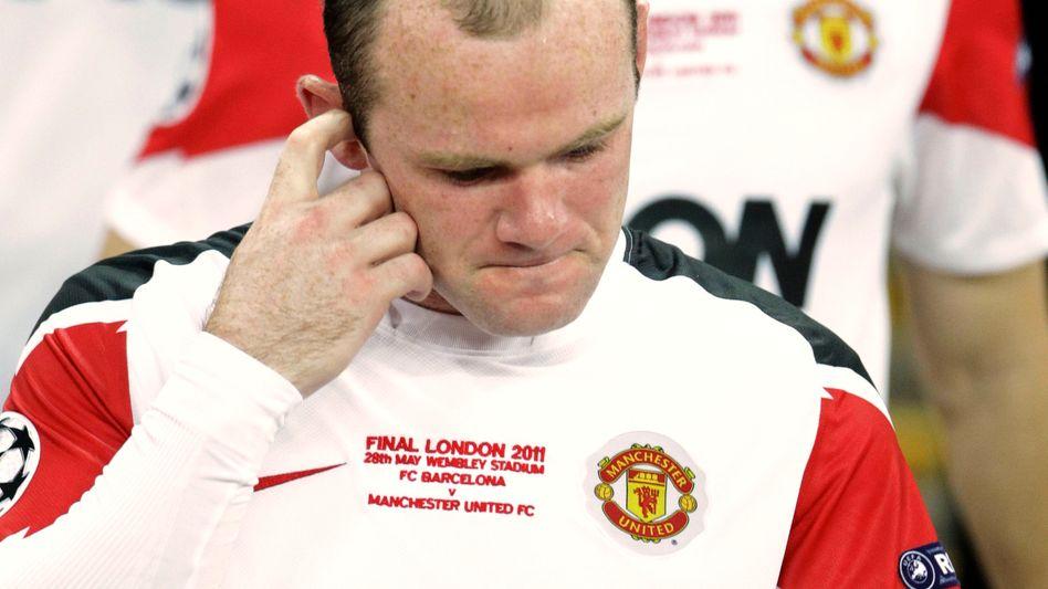 Englischer Nationalspieler Rooney: Drei Spiele Sperre nach Platzverweis