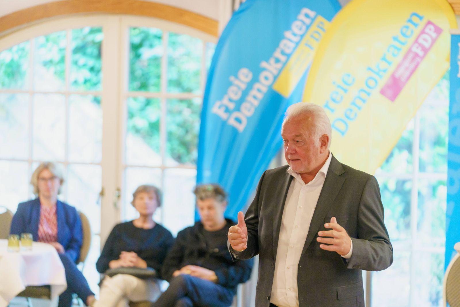 Wolfgang Kubicki, FDP Bundesvorsitzender und Vizepräsident Deutscher Bundestag - Wahlkampfveranstaltung - Kubicki beim