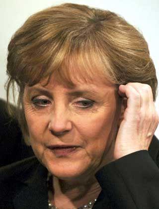 CDU-Chefin Merkel: Hohe Verluste