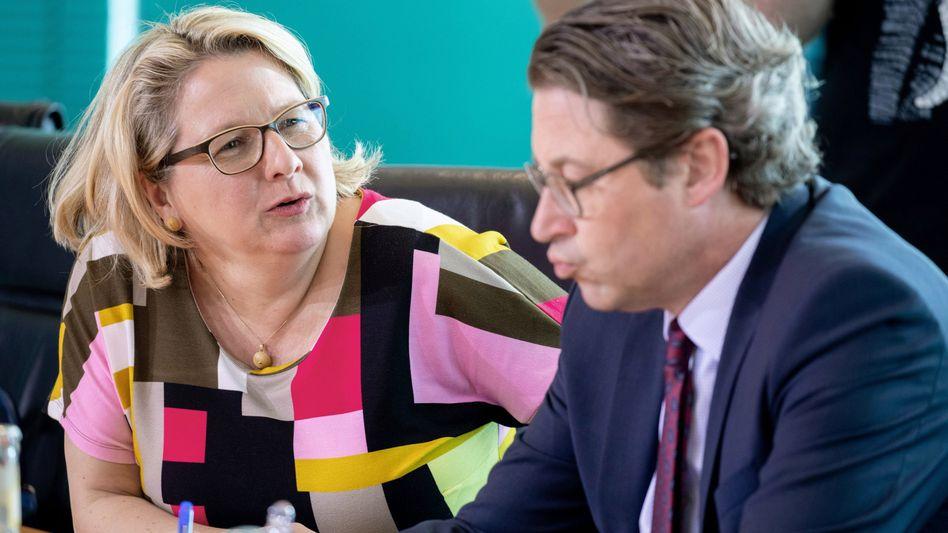 Bundesumweltministerin Schulze mit Verkehrsminister Scheuer. Das letzte Wort beim Tempolimit ist laut Schulze noch nicht gesprochen.