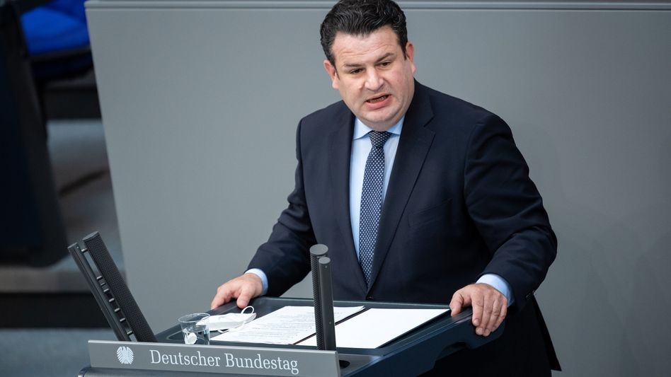 Hubertus Heil (SPD): »Es bleibt weiterhin richtig, dass man nach 45 Versicherungsjahren Schluss machen kann«