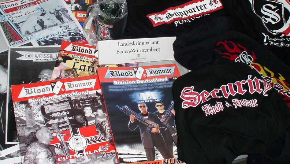 """""""Blood & Honour""""-Material (Archivbild aus Baden-Württemberg): Kontakt zu Mirko H.?"""