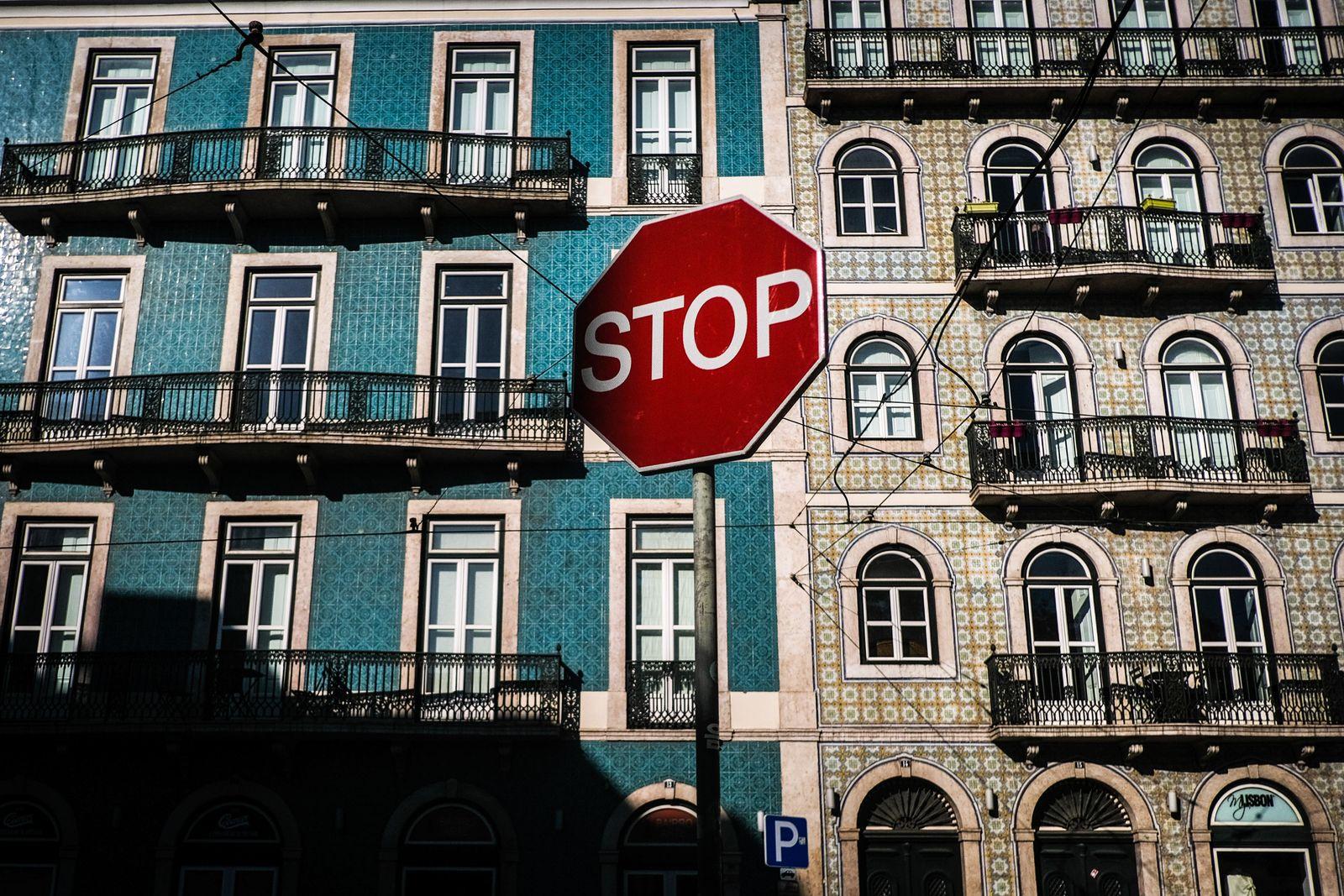Coronavirus in Portugal, Lisboa - 03 Apr 2020