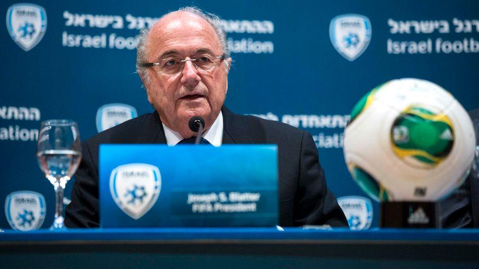 "Fifa-Boss Blatter: ""Wir müssen sehr hart sein"""