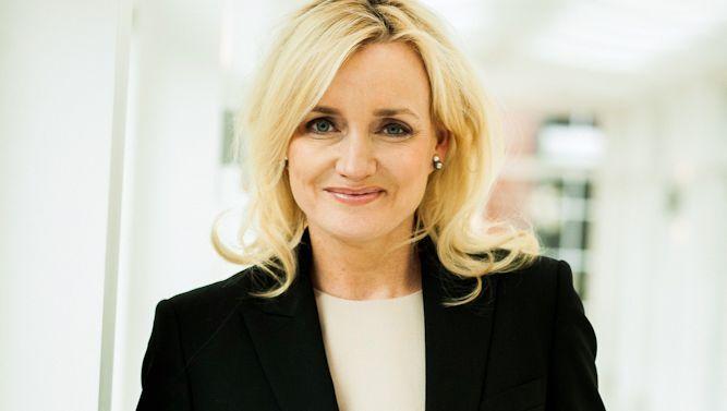 Julie Meyer (Jahrgang 1966) berät und finanziert seit über 20 Jahren Start-ups im Technologiesektor. Die gebürtige Amerikanerin lebt in London.