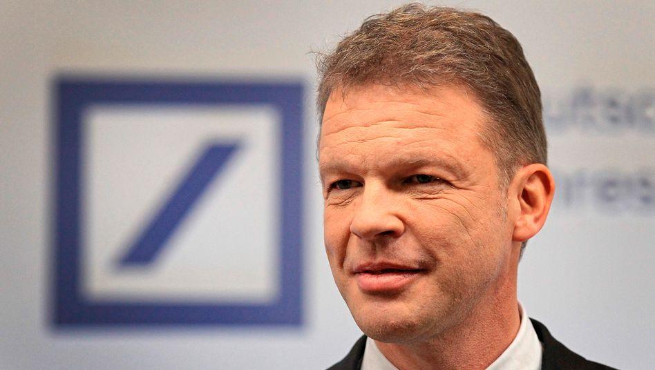 Deutsche-Bank-Chef Christian Sewing bekommt bei seinem Konzernumbau Rückendeckung durch einen neuen Großinvestor