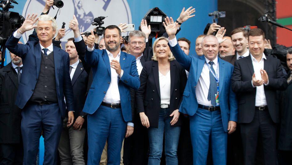 Kundgebung der rechtspopulistischen Parteiführer im Mai 2019 in Mailand: Zum Teil empfindliche Umfrageverluste in der Coronakrise