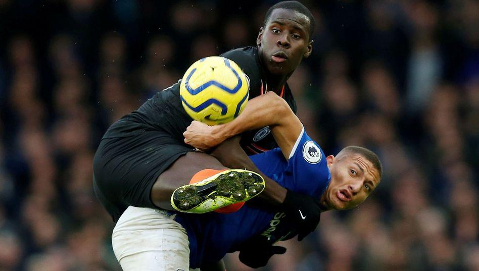 Die Partie zwischen Everton gegen Chelsea wurde vor allem von den Gastgebern hart geführt