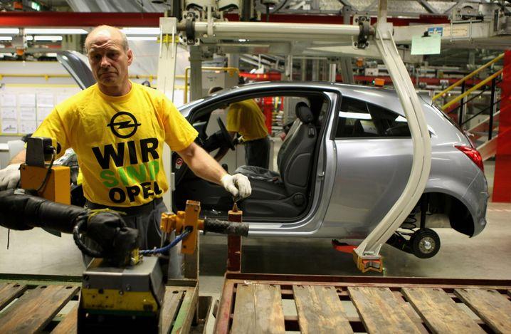 Opel-Arbeiter in Eisenach: Magna ist klarer Favorit von Bund und Ländern