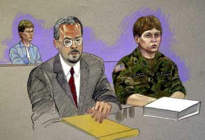 Die Beschuldigte Lynndie England mit ihrem Anwalt Rick Hernandez bei der Anhörung vor dem Militärausschuss