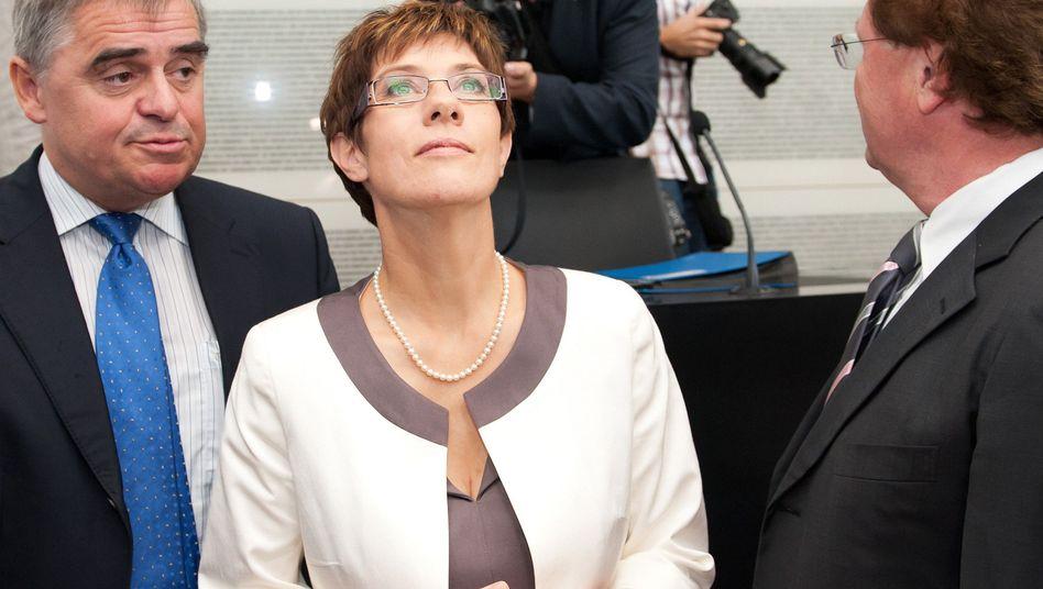 Wahl zurSaar-Ministerpräsidentin: Kramp-Karrenbauer schafft es erst in Runde zwei