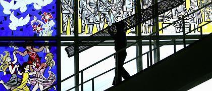 ESMT von innen: Sozialistischer Restschmuck in der Managerschule