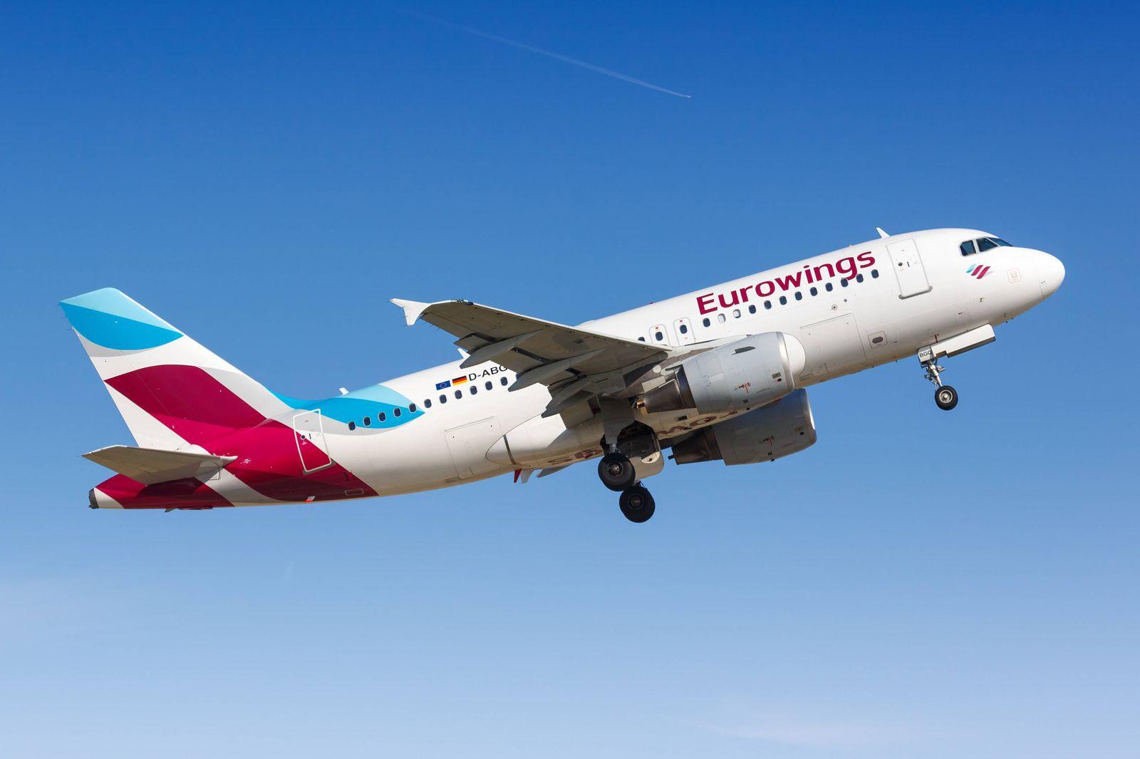 Eurowings Airbus A319 Flugzeug Stuttgart Deutschland 6 April 2018 Ein Airbus A319 der Eurowings