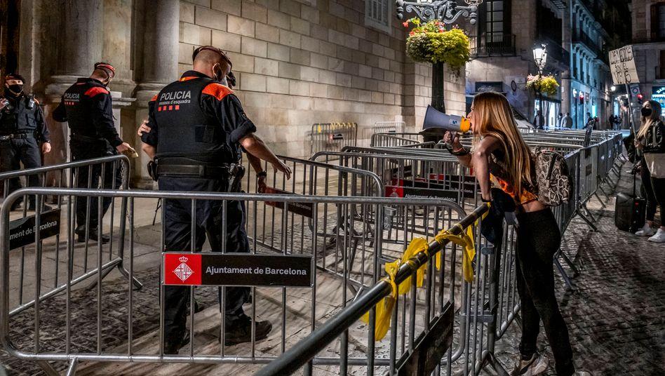"Protest gegen die spanische Corona-Politik in Barcelona: ""Niemand will weitere Lockdowns"""