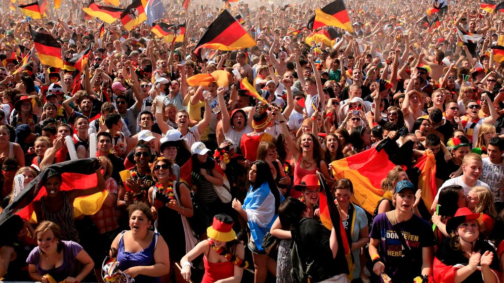 Photo Gallery: Celebrating Germany's Win