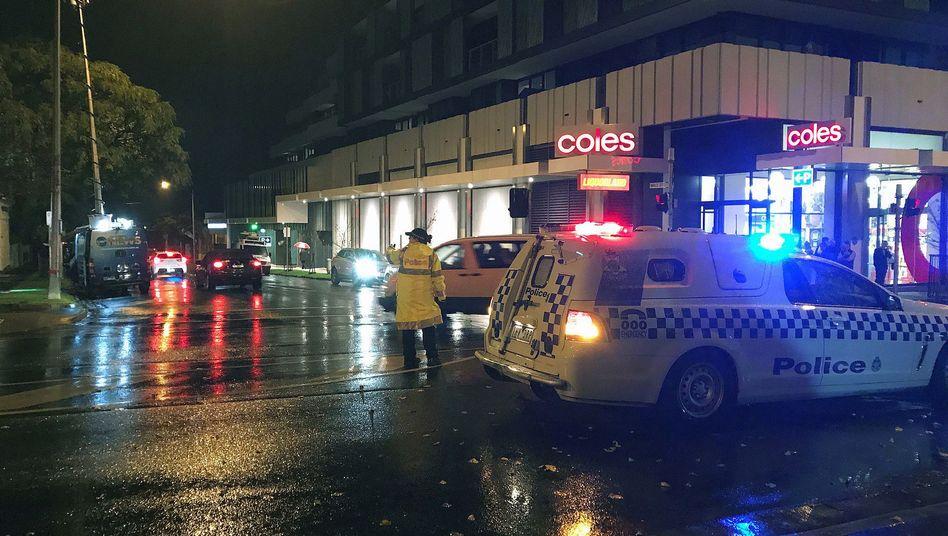Polizei und Rettungskräfte in der Nähe des Tatorts in Melbourne